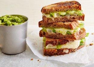 ساندوتش الخضروات المقرمش بالجبن
