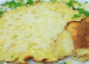 بيض أومليت بالجبنة