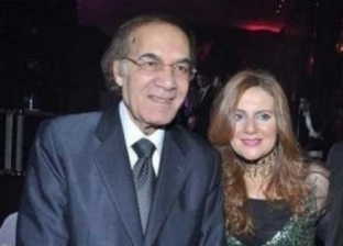 رانيا محمود ياسين تنشر اخر صورة لها مع والدتها قبل وفاته