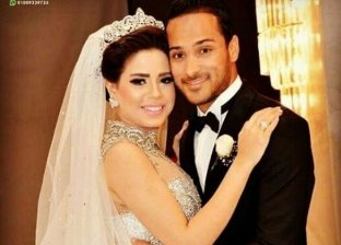 الكابتن وليد سليمان وزوجته