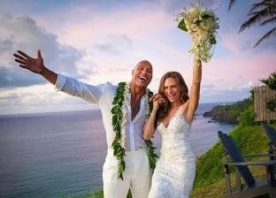 زواج لورين من الصخرة