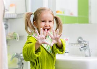 نصائح لحماية الأطفال من البكتريا والجراثيم في المدرسة