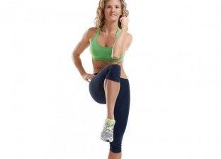 متخصص تقدم بعض التمارين الرياضية لشد البطن والترهلات في المنزل