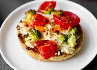 طريقة عمل الميني بيتزا في المنزل