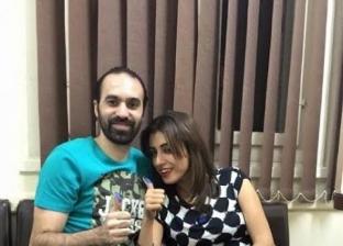 اللاعب جمال حمزة وزوجته