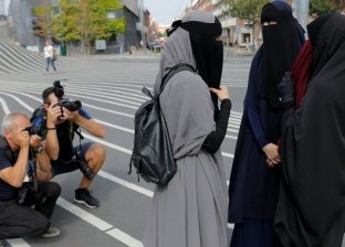 على خطى الدنمارك والنمسا.. إقليمين في سويسرا يحظران النقاب