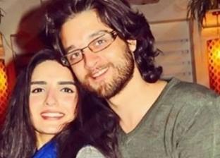 الفنان عمر خورشيد وزوجته ياسمين الجيلاني