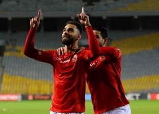 لاعب نادي الأهلي عمرو السولية