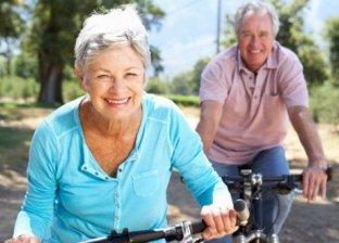 ووجدت دراسة أجريت في المملكة المتحدة على أكثر من 350 ألف شخص هذا العام، أن أولئك الذين ساروا أو ركبوا الدراجات عند الذهاب إلى العمل، انخفض لديهم خطر الوفاة بسبب السكتة أو أمراض القلب بنسبة 30%.