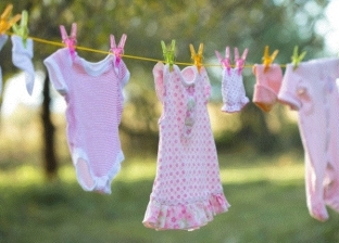 ملابس الأطفال