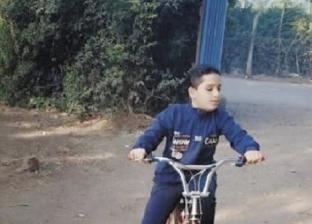 الطفل الكفيف مصطفى