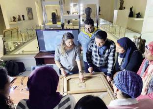 تدريب فنانى الإسكندرية على ترميم الأعمال الفنية بطريقة علمية مبتكرة