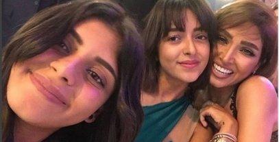 روجينا تنشر صورة بصحبة بناتها عبر حسابها على