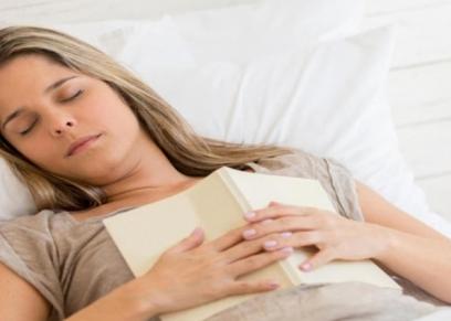الحرص على القراءة قبل النوم للتغلب على التوتر والقلق