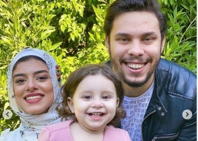 أحمد حسن وزينب وابنتهم ايلين