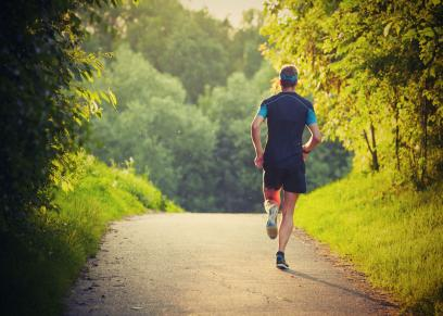 فوائد الالتزام برياضة المشي الصباحي