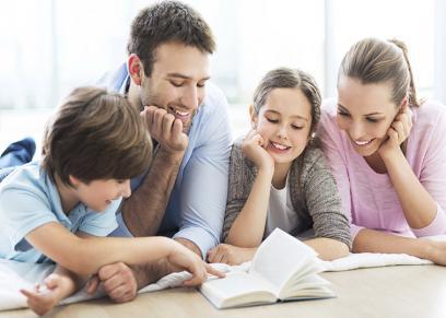 تطبيقات تساعدك على تنمية مهارات طفلك في القراءة