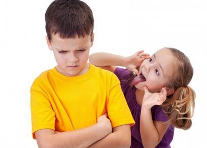 كيفية التعامل مع الطفل المتنمر