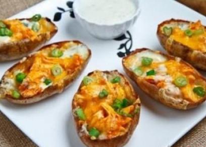 طريقة عمل بطاطس مشوية بالجبنة