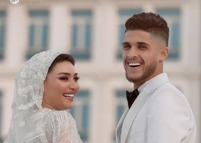 أحمد الشيخ وعروسته
