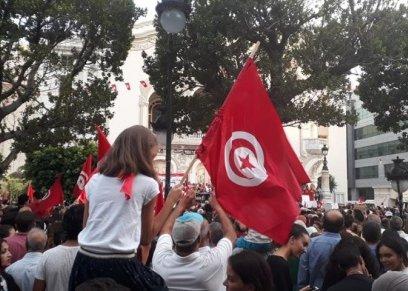بالصور| مظاهرات في تونس تأييدا لمقترح