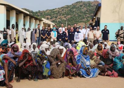 فريق مصري يكافح العمي في أفريقيا