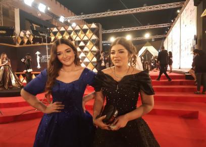 ليلى أحمد زاهر وشقيقتها