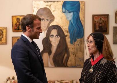 اطلالة فيروز اثناء زيارة الرئيس الفرنسي ماكرون