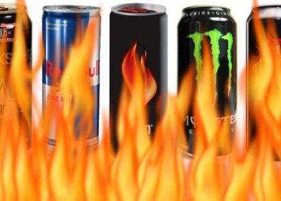 خبراء يوضحون خطورة مشروبات الطاقة المحلاة بالسكر على الأطفال