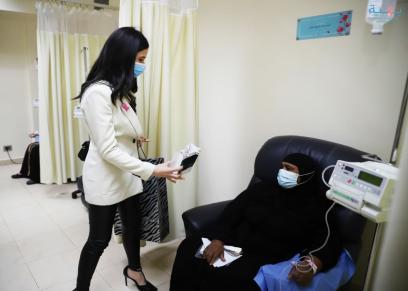 ملكة جمال مصر تدعم محاربات سرطان الثدي