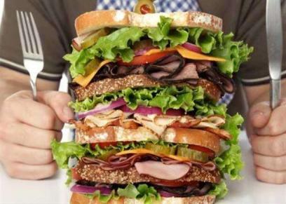 احذر.. تناول هذه الأطعمة تدمر الصحة