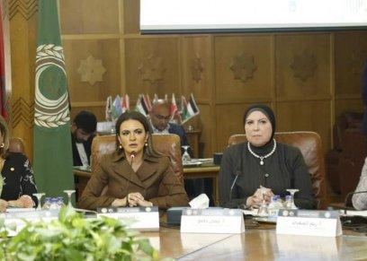 بالصور| «القومي للمرأة» يشارك في مؤتمر «التكنولوجيا وعولمة المشروعات الصغيرة»