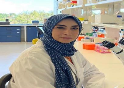 الطبيبة رباب رشوان تكتشف الجين المسبب لسرطان الثدي