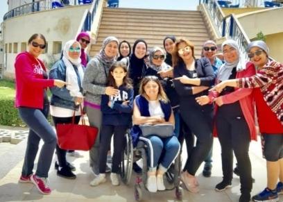 الدكتورة ايمان كريم أول عضو هيئة تدريس على كرسي متحرك