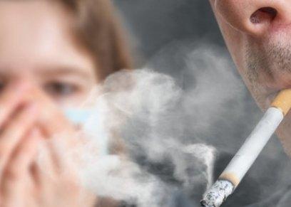 دراسة توضح العلاقة بين ارتباط التدخين بزيادة خطر الإصابة بالخرف