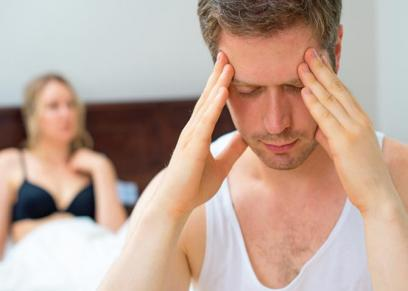 طبيب يوضح السبب  الصداع قبل واثناء العلاقة الحميمية
