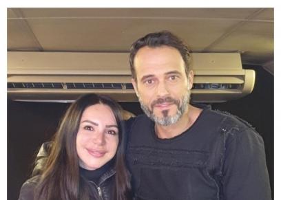 يوسف الشريف مع زوجته