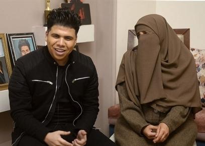 عمر كمال ووالدته