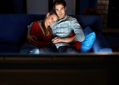 مشاهدة الأزواج الأفلام الرومانسية يساعد على خفض معدلات الطلاق