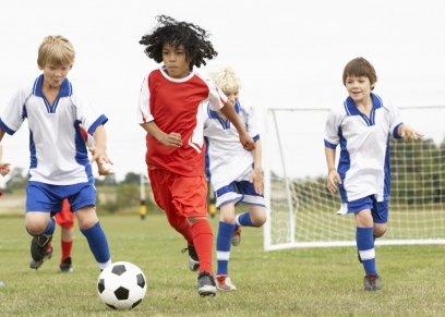 ألعاب الكرة يمكن أن تعزز صحة العظام بين طلاب المدارس