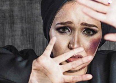 في كل خطوة مرارة: «العنف ضد المرأة».. من الطفولة إلى الطلاق