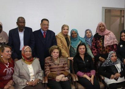 مايا مرسي تلتقى بمحافظ أسوان خلال زيارتها المحافظة