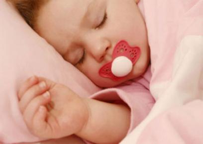 سكاته الأطفال تؤدي إلى اصابة الطفل بالتهاب الأذن الوسطى