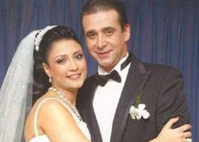 كريم عبدالعزيز وزوجته