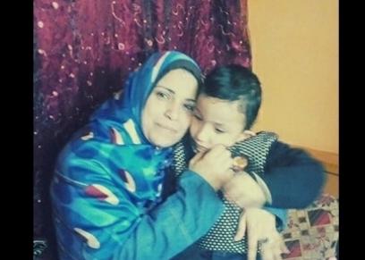 وفاء محمد تتمنى علاج  طفلها على نفقة الدولة