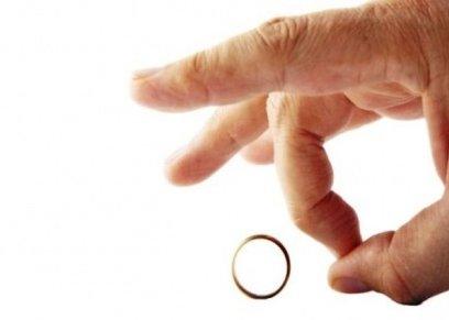 سؤال أحوال شخصية  أسباب طلاق الضرر وحقوق المرأة المترتبة عليه