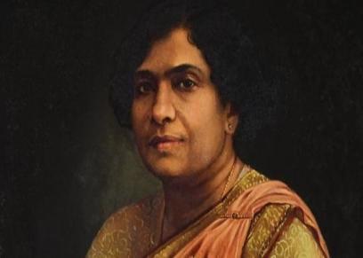أول طبيبة جراحة هندية