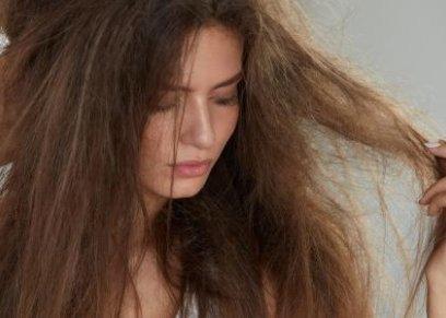 شعر مجعد وتالف