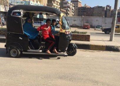 الأمهات بعد قرار منع سير التوك توك في الشوارع الرئيسية..