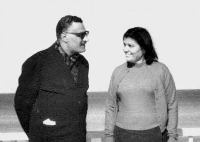 بالصور| سينما ومسرح ورسائل بخط اليد..  في ذكرى وفاةتها مواقف جمعت بين تحية وجمال عبدالناصر